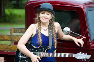 Anne McCue, Saturday 06th August 2016. Extraordinary talent and one of the very finest female artists on tour. Check out the rather special ANNE McCUE interview and unplugged song from LRB 2015 with Sam Millar on www.theukamericanabar.com